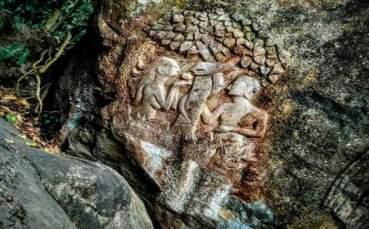 edakkal-caves-1